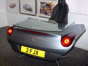 Ferrari California Desk2